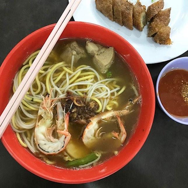 Prawn Noodles With Pork Ribs