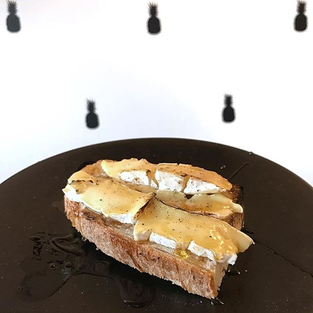 Personally really loved this Grilled Camembert Toast!