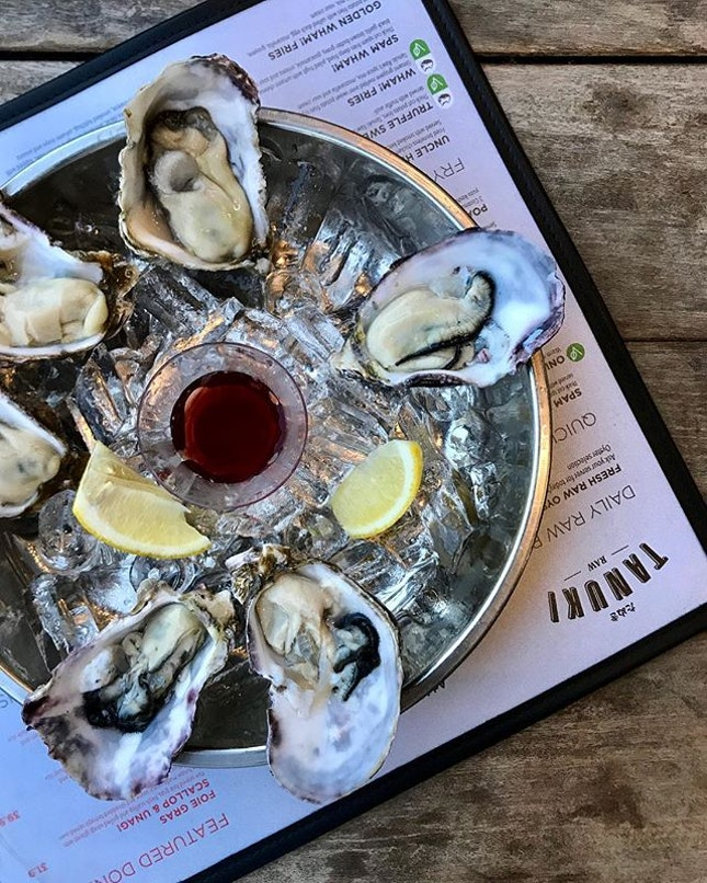 fresh oysters at $2!