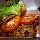 #sliced #tomatoes #lettuce #greens #chicken #mcgrill #burger #yummy #pepperich *this what I call 'sliced tomatoes'..