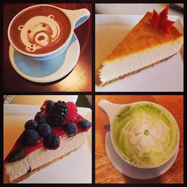 Awesome tea time :D #banana #hot #choco #chocolate #sea #salt #mapple #caramel #cheesecake #berry #raspberry #blueberry #cookie #greentea #latte #coffeeart #teddy #bear #teatime #friends #food #instapic #instatag #instafood #instalike #foodporn #foodpic #addict #cafehopper #latepost