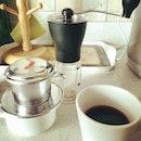 Early morning fresh brew, for the long work day ahead 😊 #coffee #addict #sleepy #morning #cuppa #handmill