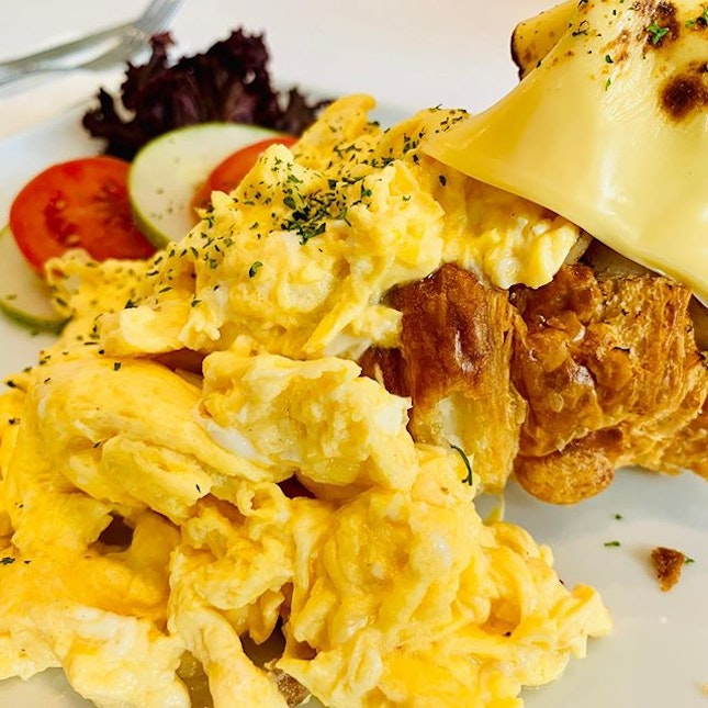 Scrambled eggs on Croissant at One Roof.
