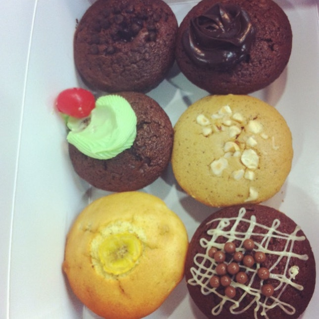 .sweet treats.