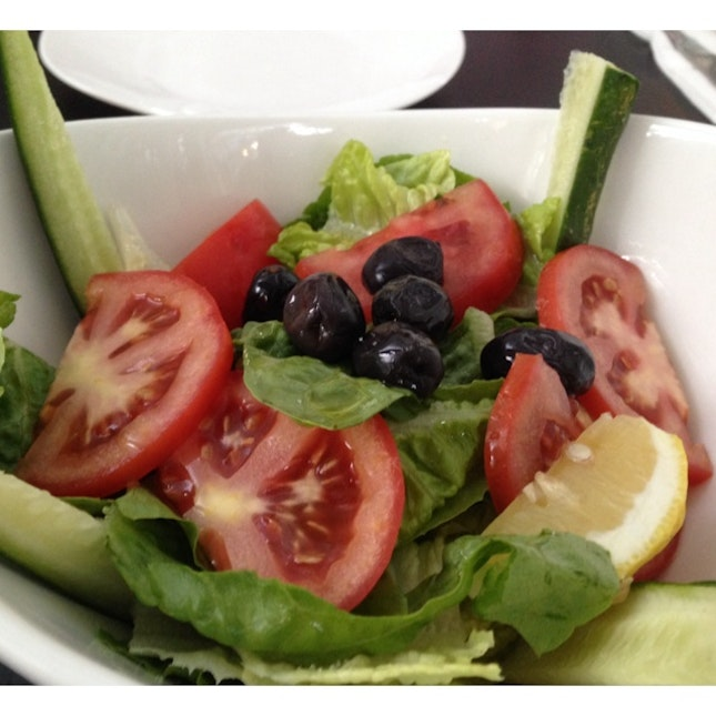 Green Salad With Extra Virgin Olive Oil