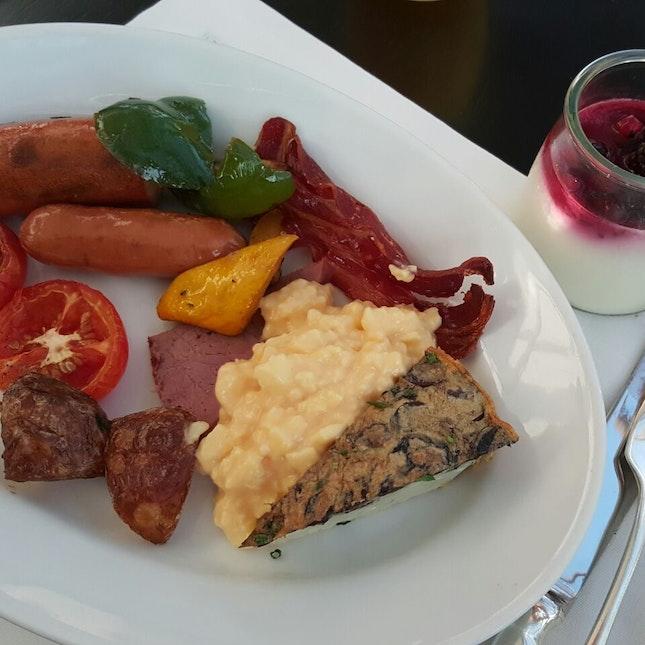 Buffet Breakfast (Western)
