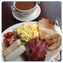 Ultimate #breakfast @ #cbtl #halal #singapore #burpple 😋😋