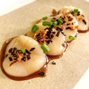 "Hokkaido Scallop ""Chwee Kueh"" (1 out of 6 starters in Dinner Tasting Menu, $46+)."