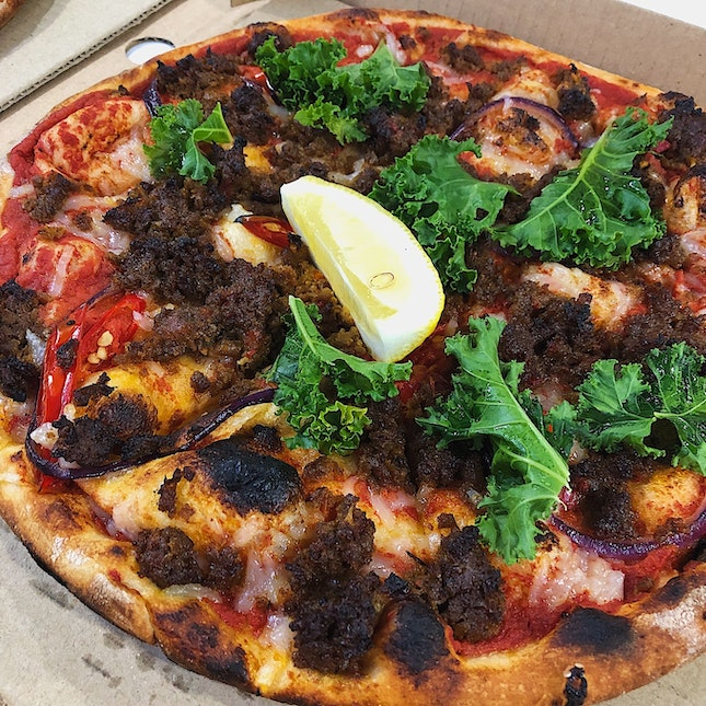 Curried Beyond Beef Pizza ($26)