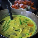 Go Phuket like never eat enough Thai food like that, come back straight away eat my favourite green curry again.