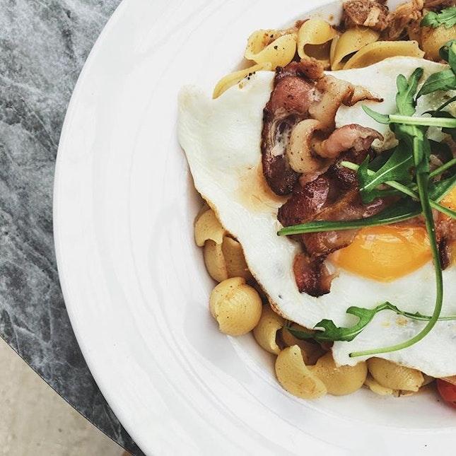 Impastable not to like this 🤭 #AATeats #pasta #sunnysideup #bacon #burpple