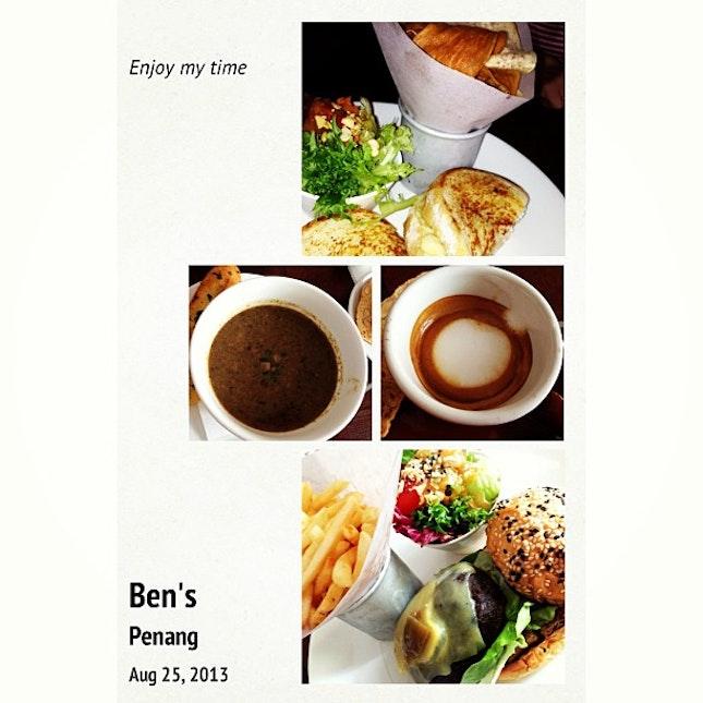 #lunch #soup #sandwich #cheeseburger