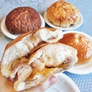 the new Yam Liu Sha bread!!!